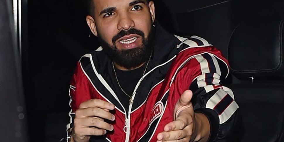 Drake Disses Kanye West & Push...