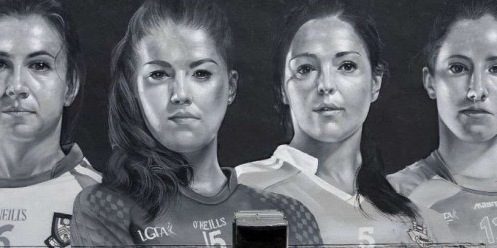 Take A Look At This Ladies GAA Mural On Aungier Street