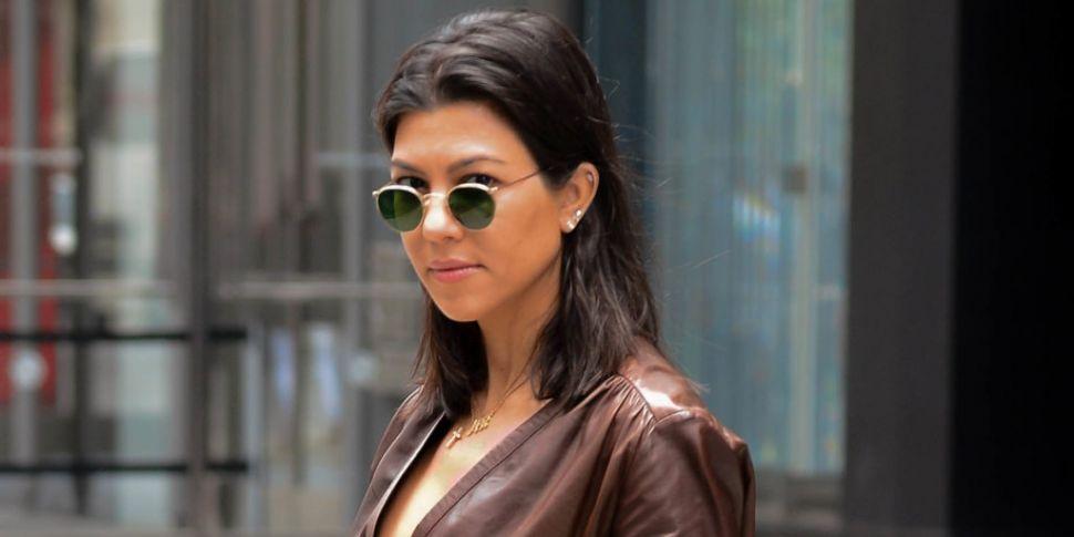 Kourtney Kardashian Reveals Sh...