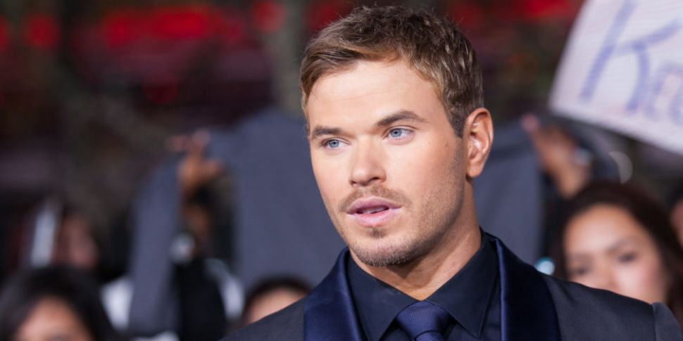 Twilight's Kellan Lutz Announc...