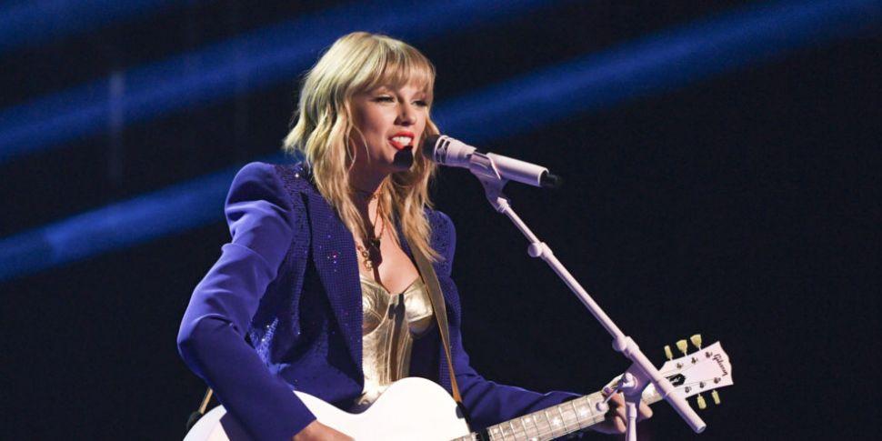 WATCH: Taylor Swift Drops Musi...