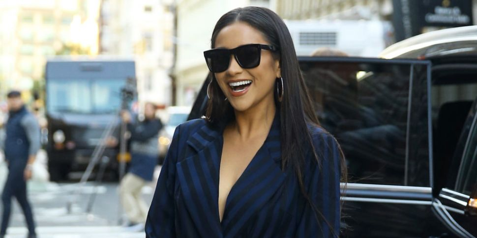 Shay Mitchell Lashes Back Afte...