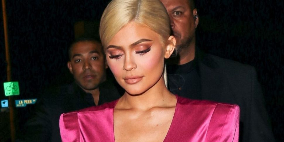 Kylie Jenner Pays Tribute To K...