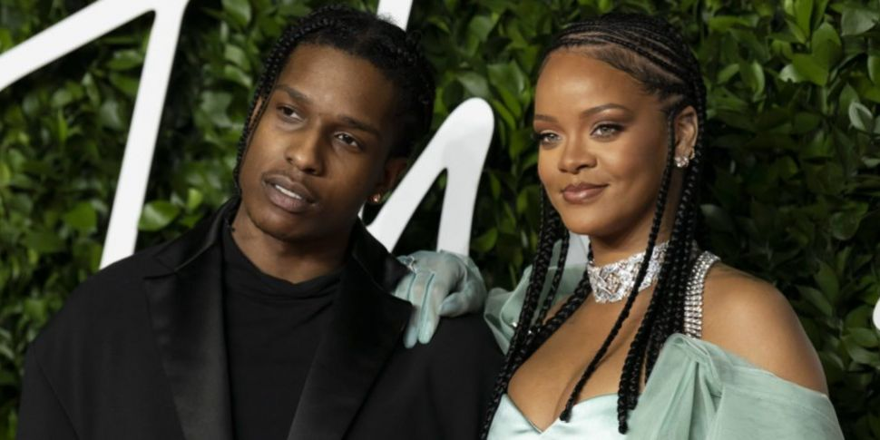Rihanna Is Reportedly Dating R...