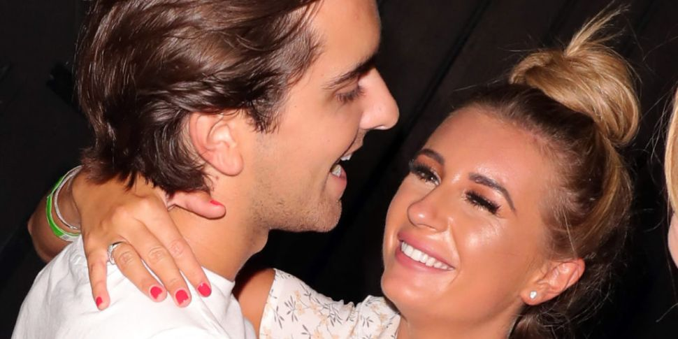 Dani Dyer Splits From Boyfrien...
