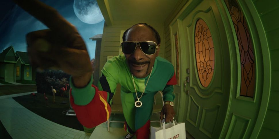 WATCH: Snoop Dogg Teams Up Wit...