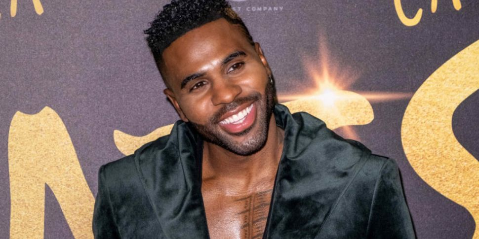 WATCH: Jason Derulo Chips Fron...