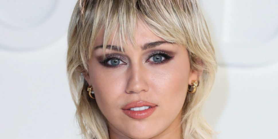 Miley Cyrus Talks 6 Months Sob...
