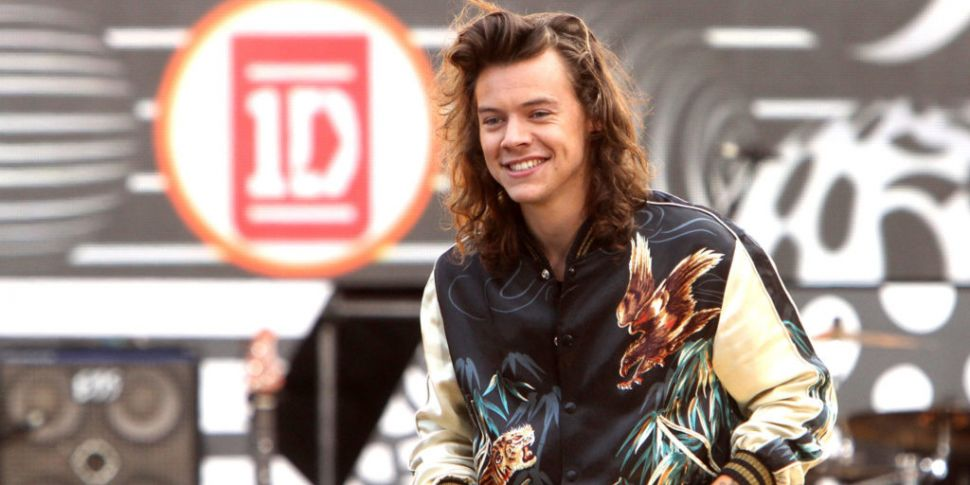Harry Styles Pays Tribute To O...