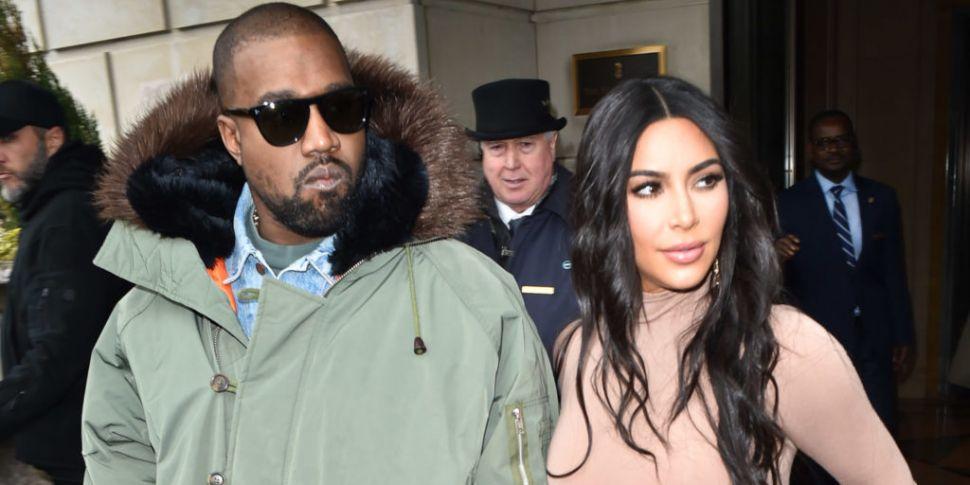 Kanye West Issues Public Apolo...