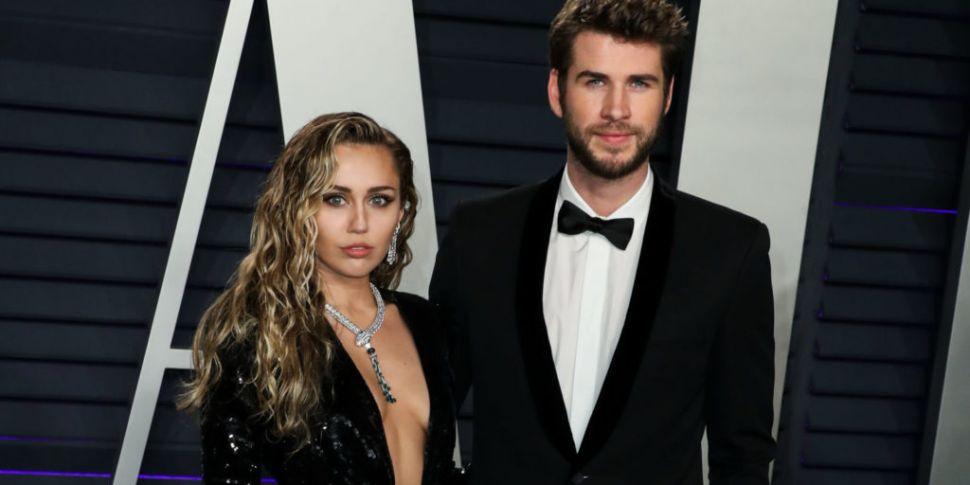 Miley Cyrus Admits Liam Hemswo...