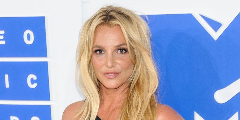 Britney Spears Speaks Up & Bra...