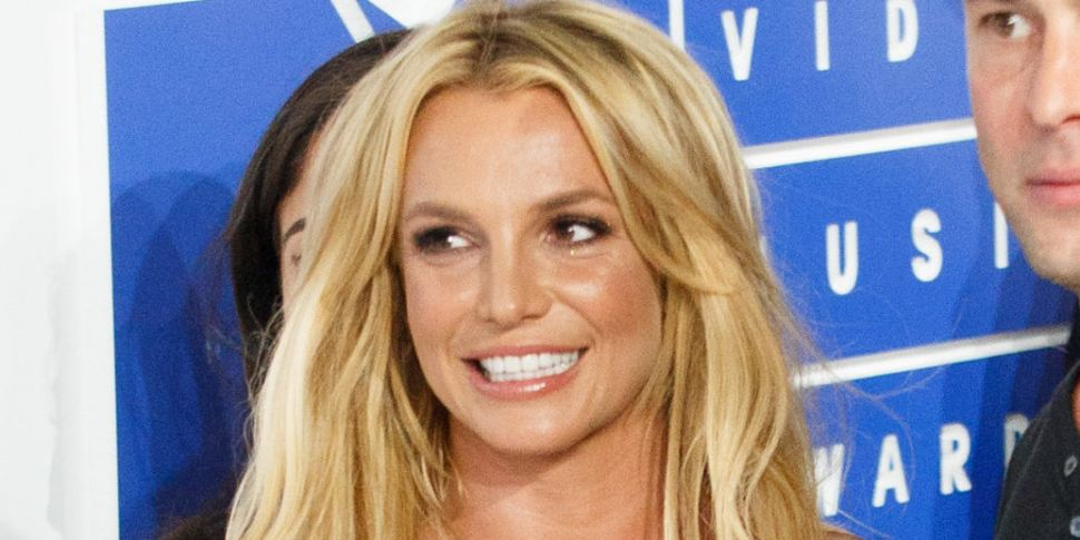 Britney Spears Deletes Her Ins...