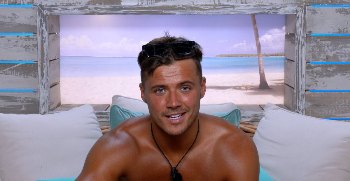 Brad McClelland Reveals Love Island Helped Him Discover His Lengthy Misplaced Sister   SPINSouthWest