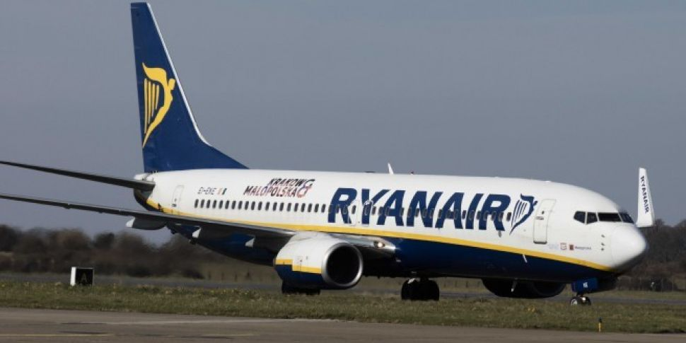 Watch | Plane Abort Landing At Dublin Airport During Storm Ali