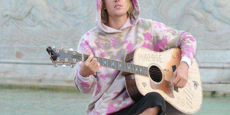 Justin Bieber Went Busking On London Streets