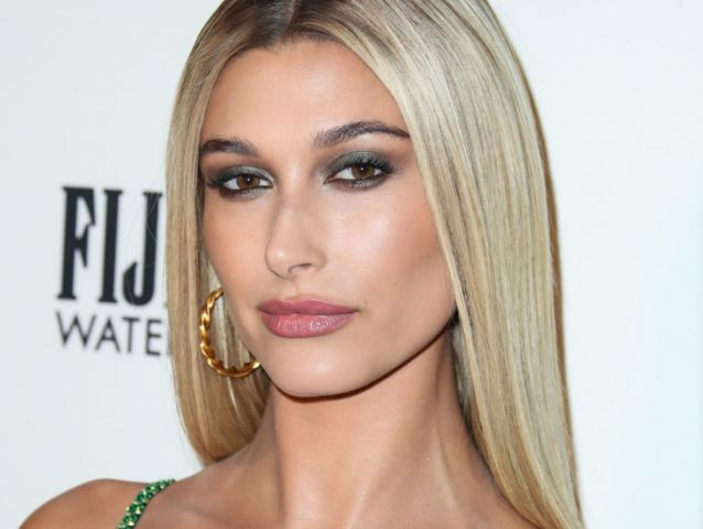 Hailey Baldwin Has Made It Instagram Official