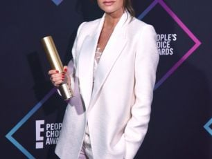 Watch | Victoria Beckham Dedicate Award To Spice Girls