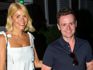 Holly Willoughby Shares First I'm A Celeb Snap