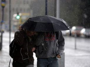 Mét Éireann Warns Of Hailstone Showers