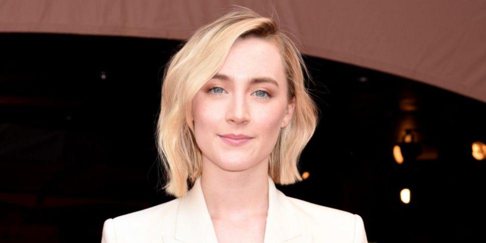 WATCH: Saoirse Ronan & Jimmy Fallon Perform 'Fairytale Of New York'
