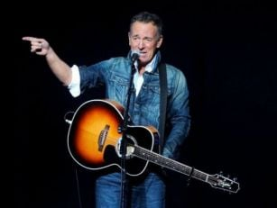 Bruce Springsteen Set To Tour...