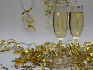 Dealz Is Selling Prosecco Glitter This Christmas