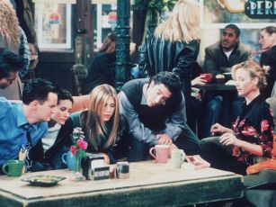Jennifer Aniston Reveals Why There's No Friends Reunion