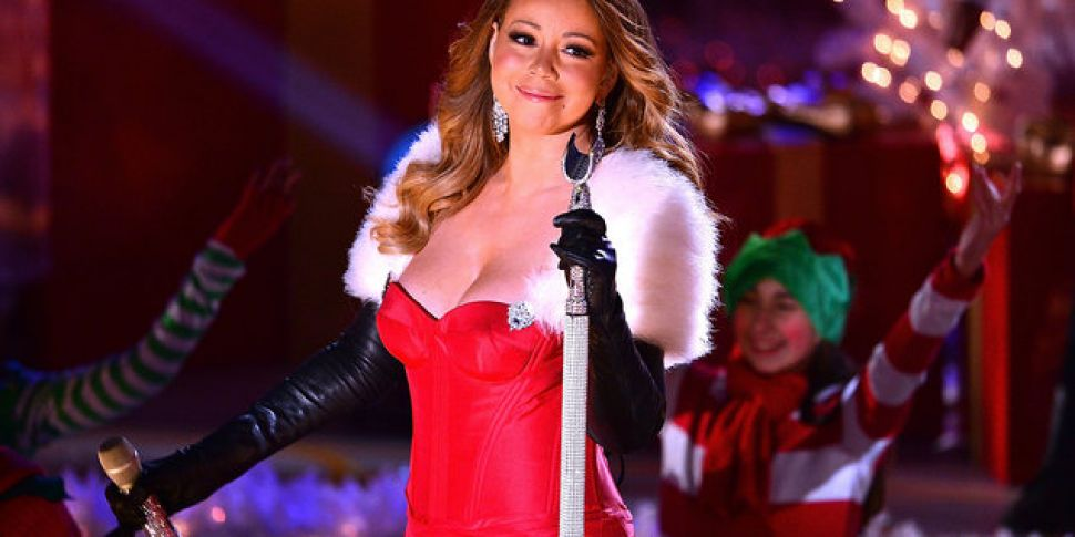 Mariah Carey Christmas Song.How Much Money Does Mariah Carey Earn From All I Want For