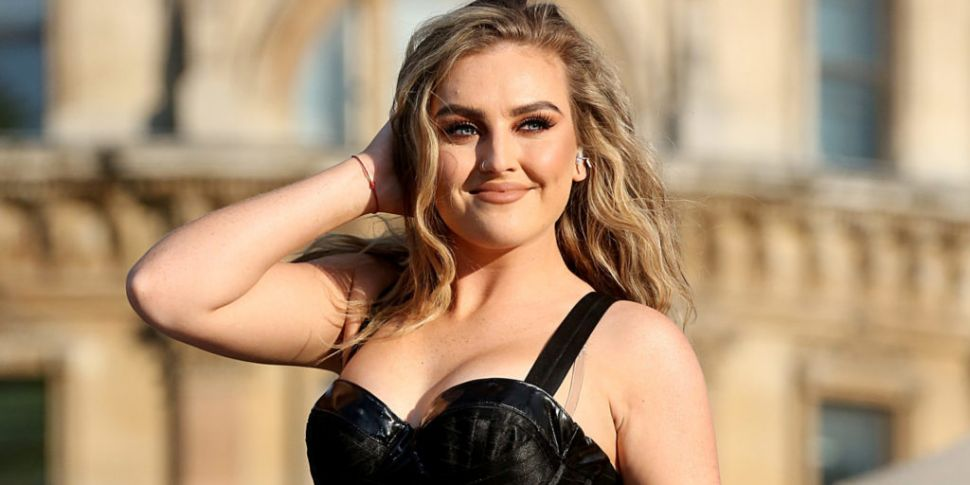 Perrie Edwards Talks Anxiety &...