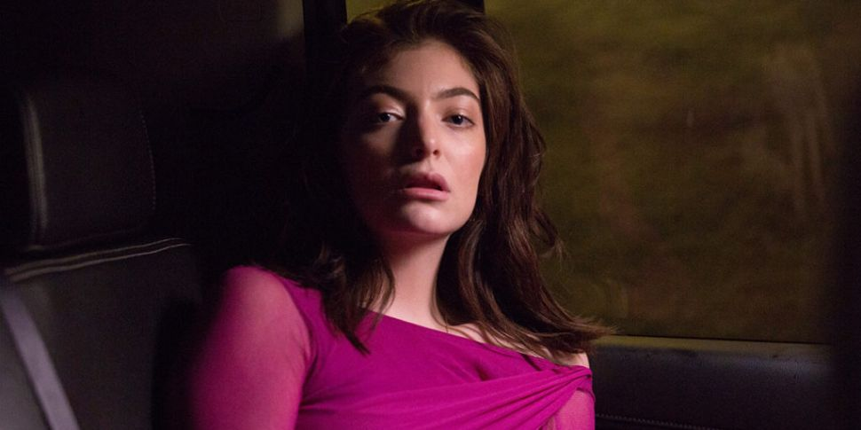 Lorde Confirms She's Working O...