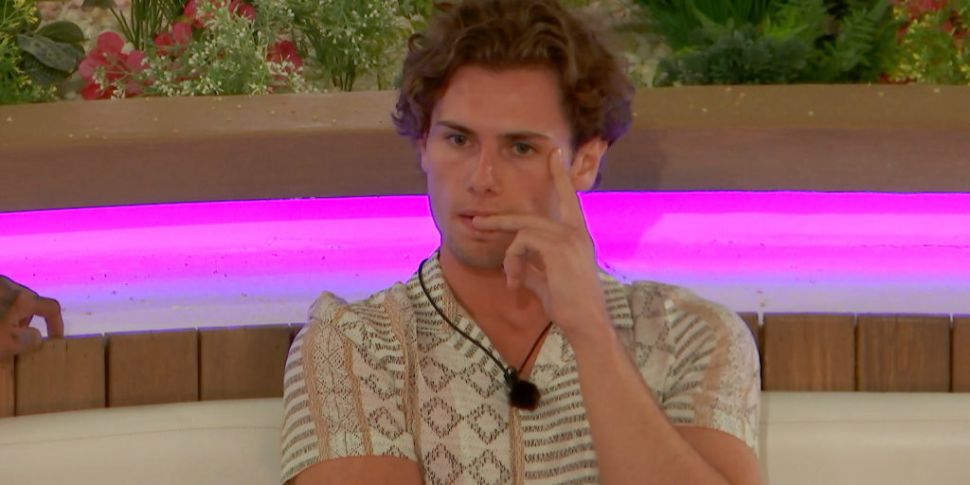 Love Island: Joe Garratt's Mot...