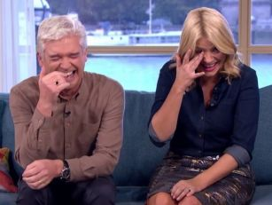Phillip & Holly In Hysterics W...