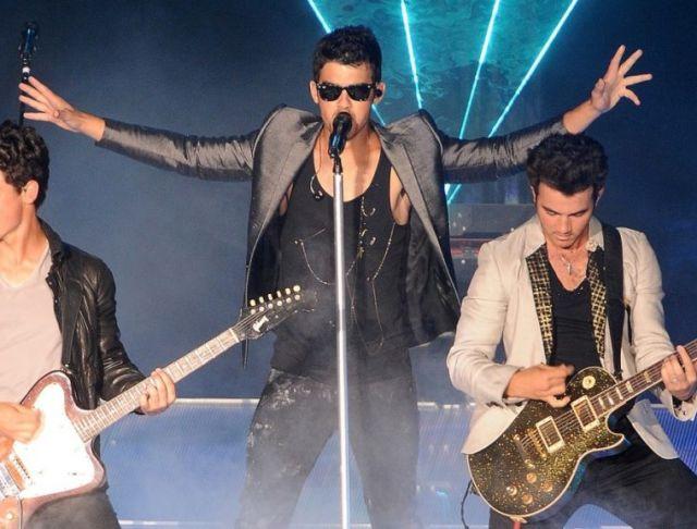 The Jonas Brothers Are Reporte...