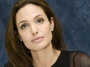 Angelina to leave acting for good
