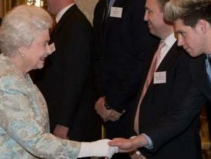 Video of the Queen doing a Naz...