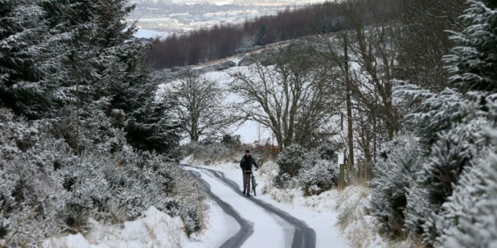 Met Eireann Issue Snow Warning For Entire Country