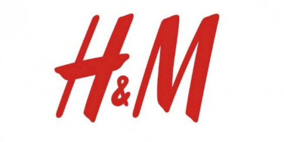 """H&M Apologise After """"Racist"""" Advert"""