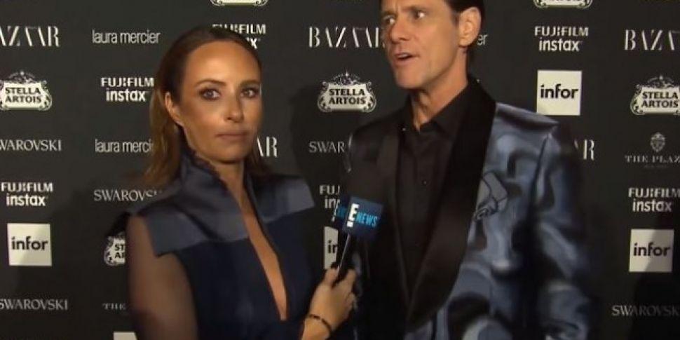 Jim Carrey Gives Incredibly Awkward Interview At NYFW