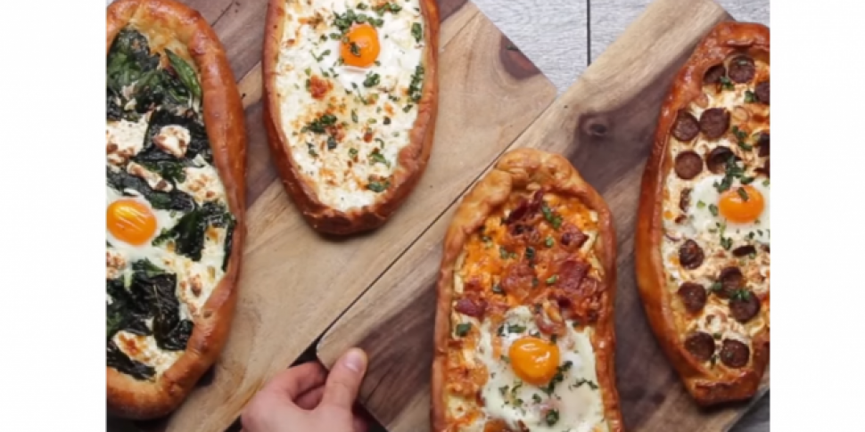 These Breakfast Pizza Boats Wi...