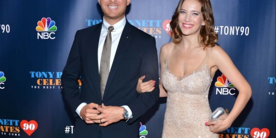 Michael Buble's Wife Expec...