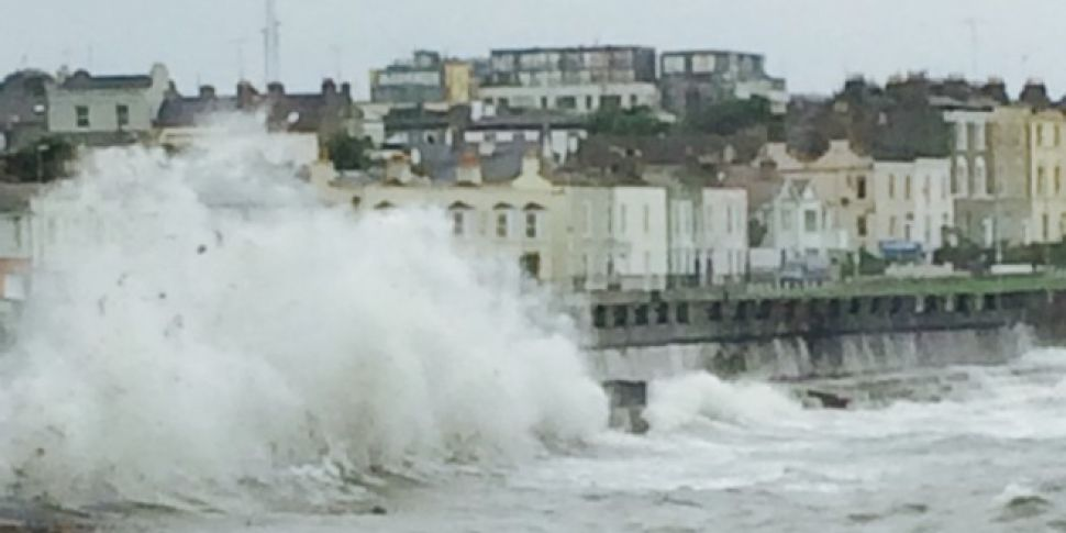 Weather Warning In Place For V...