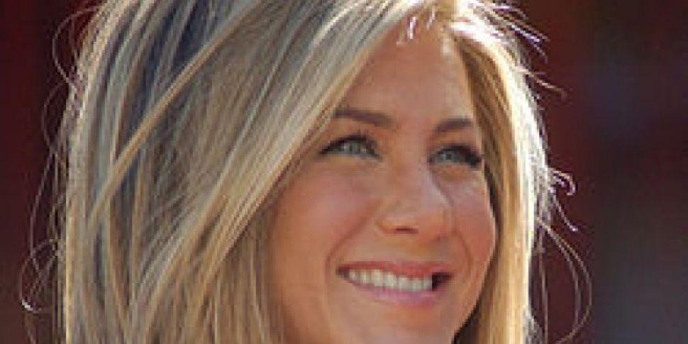 Aniston Shuts Down Brad Pitt Rumours