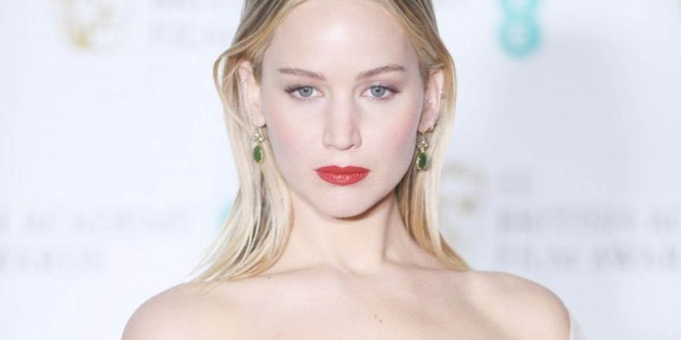 Jennifer Lawrence Denies Dissing Joanna Lumley At The BAFTAs