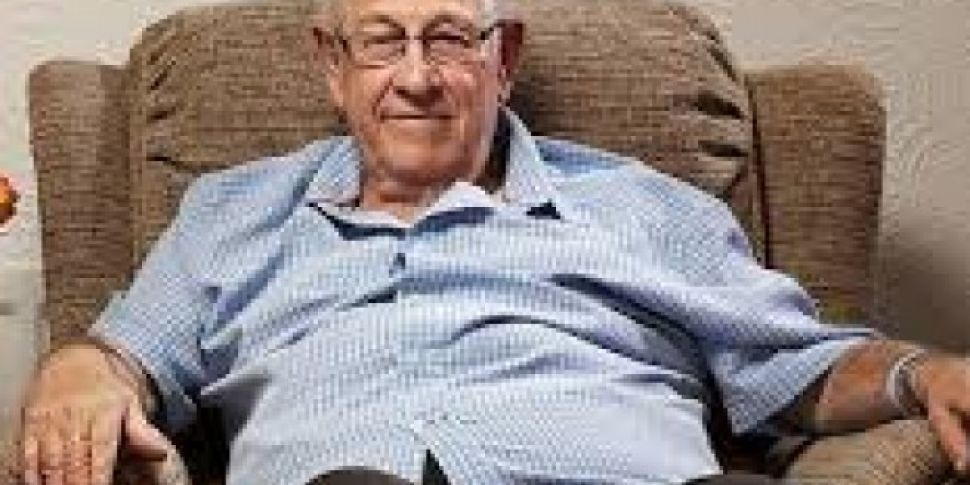 Googlebox Paid Tribute To The Late Leon Bernicoff As New Series Begins