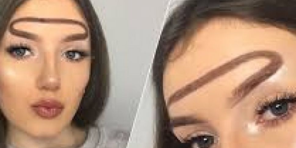 Halo Brows The New Reverse Unibrow Trend?