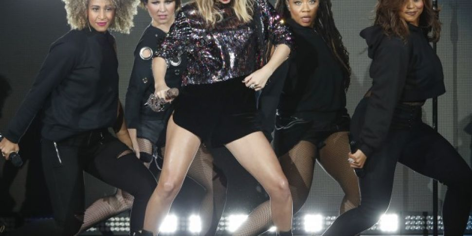 Taylor Swift Teases What You C...