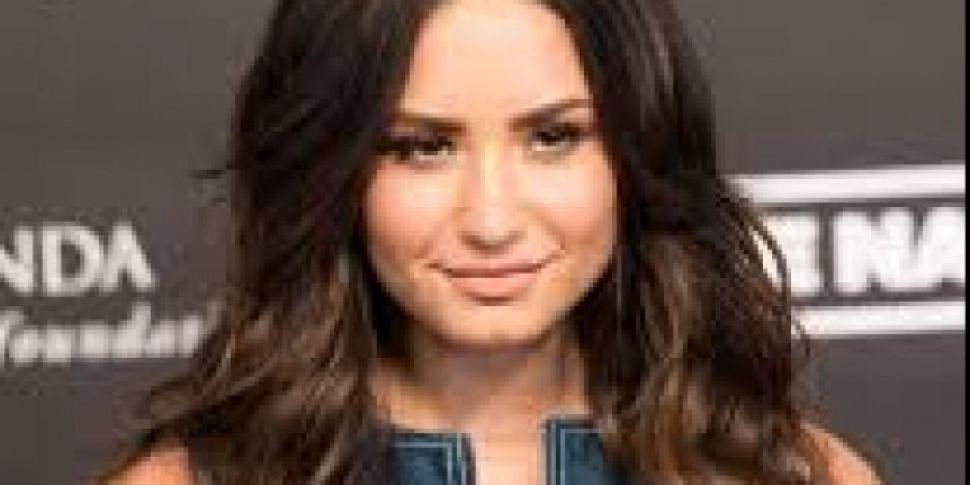 Demi Lovato Postpones London O...
