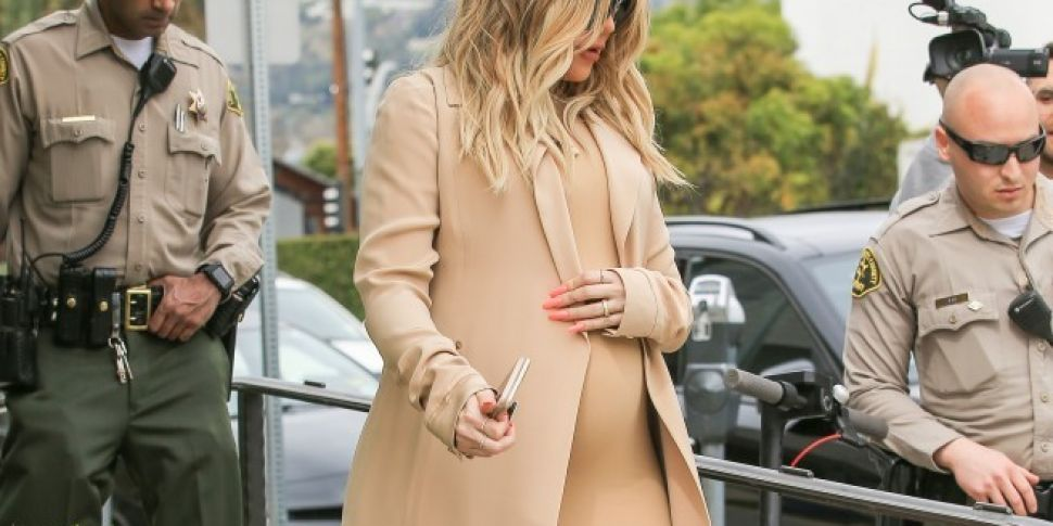 Khloe Kardashian's Prepping To Give Birth In Cleveland