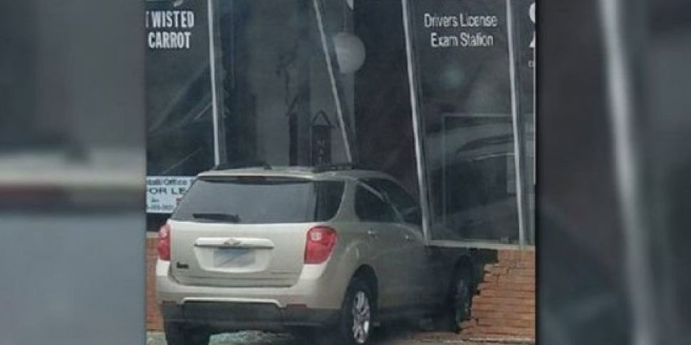A Teenager Crashed Into The Exam Building During Her Driving Test